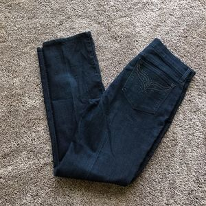 NYDJ Blue Jeans embroidered pockets